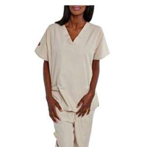 Medical Scrub Set V-Neck Top & 4 Pocket Pant